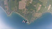 Knee flying